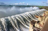 Vertedouro da hidrelétrica de Tucuruí no Pará.<br />©Foto: Paulo Santos/Interfoto<br />26/04/2002<br />Negativo Cor 135 Nº8191 T7 F16a