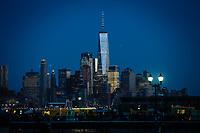 NEW YORK, NY - 09.06.2017 - ONE-WORLD -  One World Trade Center em Manhattan em New York na noite desta sexta-feira, 10. (Foto: Vanessa Carvalho/Brazil Photo Press)