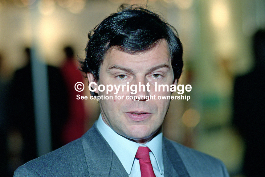 Nigel Griffiths, MP, Labour Party, UK, 199509018..Copyright Image from Victor Patterson, 54 Dorchester Park, Belfast, UK, BT9 6RJ..Tel: +44 28 9066 1296.Mob: +44 7802 353836.Voicemail +44 20 8816 7153.Skype: victorpattersonbelfast.Email: victorpatterson@me.com.Email: victorpatterson@ireland.com (back-up)..IMPORTANT: If you wish to use this image or any other of my images please go to www.victorpatterson.com and click on the Terms & Conditions. Then contact me by email or phone with the reference number(s) of the image(s) concerned.