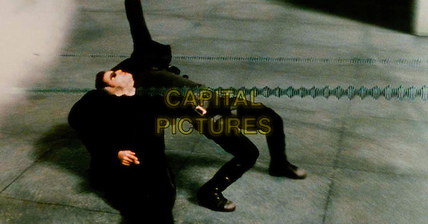 KEANU REEVES.in The Matrix.*Filmstill - Editorial Use Only*.CAP/PLF.Supplied by Capital Pictures.