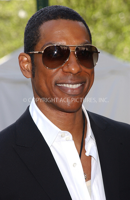WWW.ACEPIXS.COM . . . . . ....NEW YORK, MAY 17, 2005....Orlando Jones at the ABC Upfront Announcement's Red Carpet Arrivals held at Avery Fisher Hall in Lincoln Center Plaza... ..Please byline: KRISTIN CALLAHAN - ACE PICTURES.. . . . . . ..Ace Pictures, Inc:  ..Craig Ashby (212) 243-8787..e-mail: picturedesk@acepixs.com..web: http://www.acepixs.com