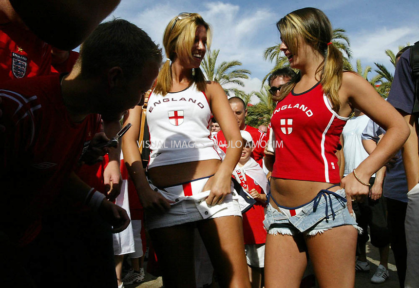 English supporters reacts during celebrate victory over Croatia at Euro 2004 Shampionschip on 21 June , 2004