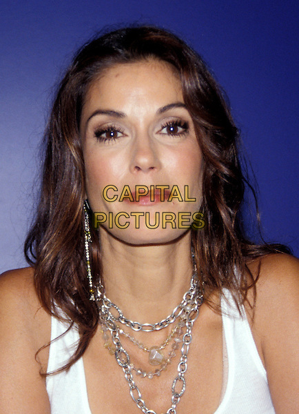 TERI HATCHER.Desperate Housewives Photocall.September 2005.headshot portrait chain necklace.www.capitalpictures.com.sales@capitalpictures.com.© Capital Pictures.