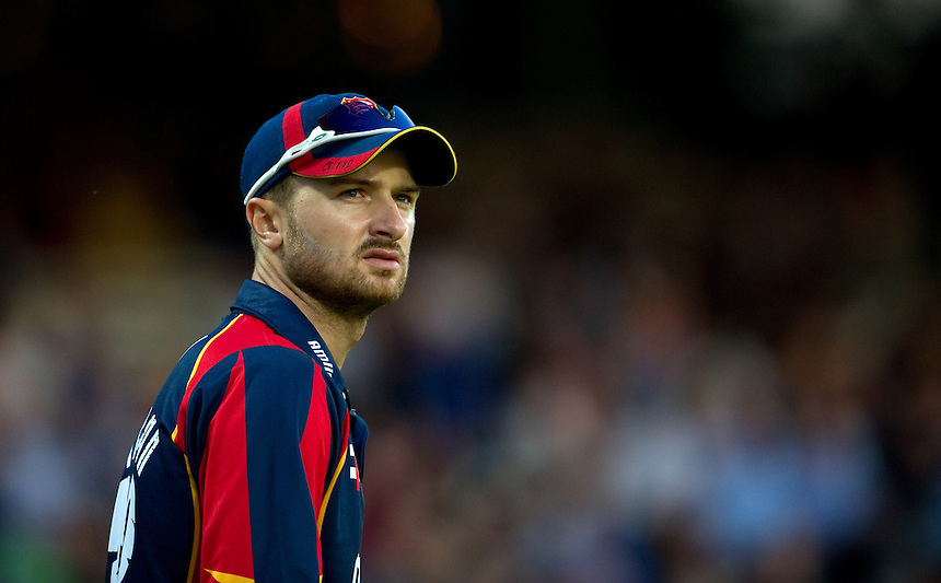 Essex Eagles' Ryan ten Doeschate<br /> <br />  (Photo by Ashley Western/CameraSport) <br /> County Cricket - Friends Life t20 2013 - Middlesex v Essex - Thursday 04th July 2013 - Lord's, London <br /> <br />  &copy; CameraSport - 43 Linden Ave. Countesthorpe. Leicester. England. LE8 5PG - Tel: +44 (0) 116 277 4147 - admin@camerasport.com - www.camerasport.com