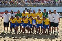 ESPINHO, PORTUGAL, 12.07.2015 - BEACH SOCCER-MUNDIAL - Jogadores do Brasil antes do jogo contra o Irã no Mundial da FIIFA de Futebol de Praia 2015, em Espinho, Portugal, neste domingo (Foto: Bruno de Carvalho/Brazil Photo Press)