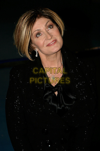 """SHARON OSBOURNE.""""The Chronicles of Narnia: The Lion, The Witch & The Wardrobe"""" - world premiere at the Royal Albert Hall, London, UK..December 7th, 2005.Ref: AH.headshot portrait looking up black.www.capitalpictures.com.sales@capitalpictures.com.©Capital Pictures"""