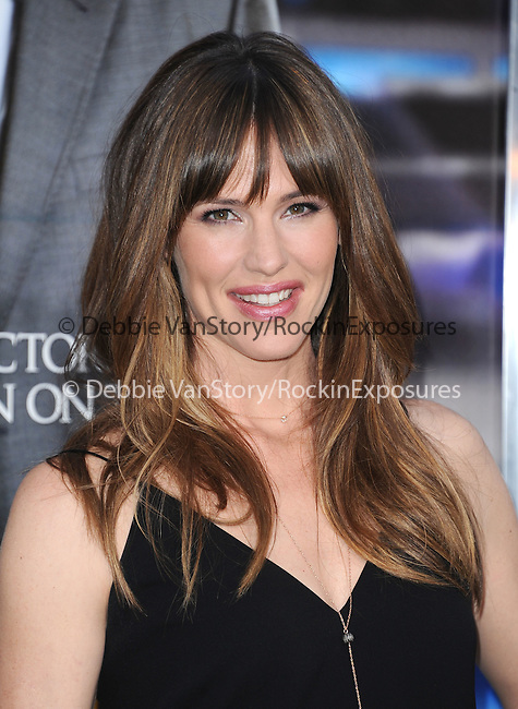 Jennifer Garner attends The L.A. Premiere of Summit Entertainment's DRAFT DAY held at The Regency Village Theatre in Westwood, California on April 07,2014                                                                               © 2014 Hollywood Press Agency