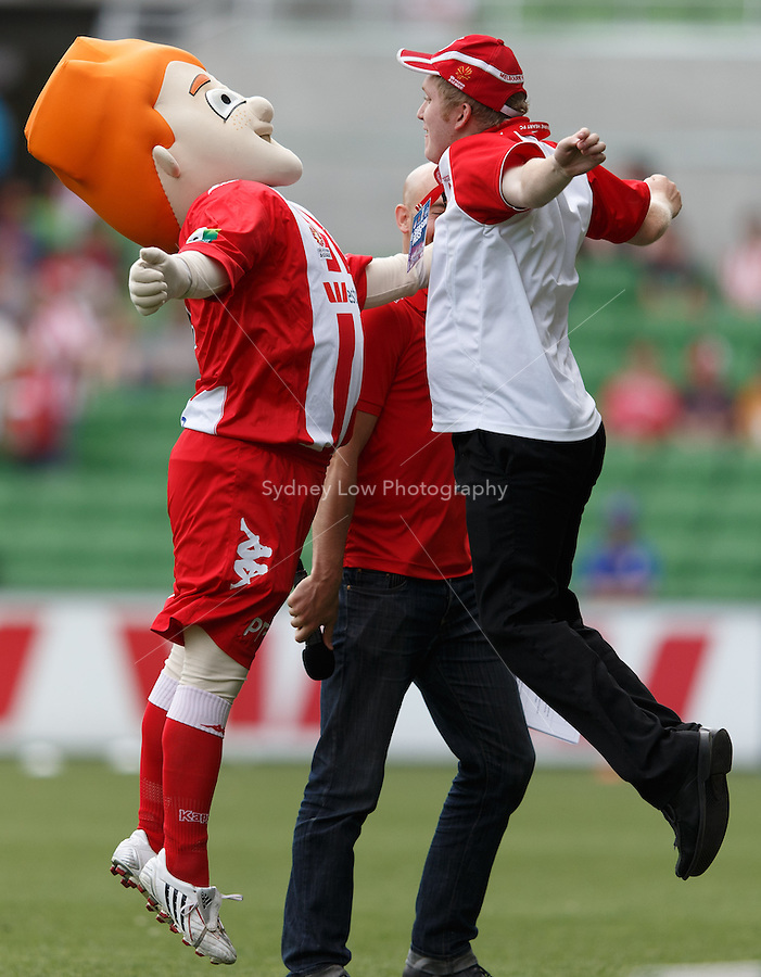 MELBOURNE - 9 FEB: The Heart mascot warms up the crowd prior to the round 20 A-League match between Melbourne Heart and Perth Glory at AAMI Park on 9 February 2013. (Photo Sydney Low/syd-low.com/Melbourne Heart)