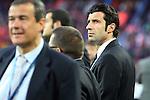 Football - FC Barcelona v Inter Milan UEFA Champions League Semi Final Second Leg - Camp Nou Stadium, Barcelona, Spain - 28/4/10 Inter Milan's former player Figo, on the pitch before the match
