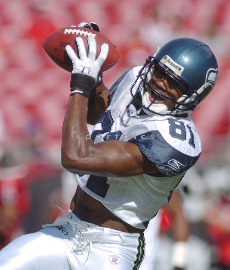 NATE BURLESON, of the Seattle Seahawks, during their game  against the Tampa Bay Buccaneers on December 31, 2006 in Tampa Bay, FL...Seattle wins 23-7...TOMASSO DEROSA/ SPORTPICS