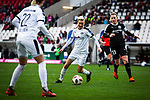 16.03.2019, Stadion Essen, Essen, GER, AFBL, SGS Essen vs TSG 1899 Hoffenheim, DFL REGULATIONS PROHIBIT ANY USE OF PHOTOGRAPHS AS IMAGE SEQUENCES AND/OR QUASI-VIDEO<br /> <br /> im Bild | picture shows:<br /> Sarah Freutel (SGS Essen #7) mit Marith Priessen (FFC Frankfurt #13), <br /> <br /> Foto &copy; nordphoto / Rauch