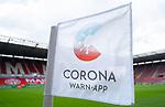 Eckfahne mit der neuen Corona Warn-App fuer die Mobiltelefone in der Opel Arena<br /><br />Sport: Fussball: 1. Bundesliga:: nphgm001:  Saison 19/20: 33. Spieltag: 1. FSV Mainz 05 vs SV Werder Bremen 20.06.2020<br /> DFL REGULATIONS PROHIBIT ANY USE OF PHOTOGRAPHS AS IMAGE SEQUENCES AND OR QUASI VIDEO<br />EDITORIAL USE ONLY<br />NATIONAL AND INTERNATIONAL NEWS AGENCIES OUT<br /> DFL REGULATIONS PROHIBIT ANY USE OF PHOTOGRAPHS AS IMAGE SEQUENCES AND OR QUASI VIDEO<br />EDITORIAL USE ONLY<br />NATIONAL AND INTERNATIONAL NEWS AGENCIES OUT