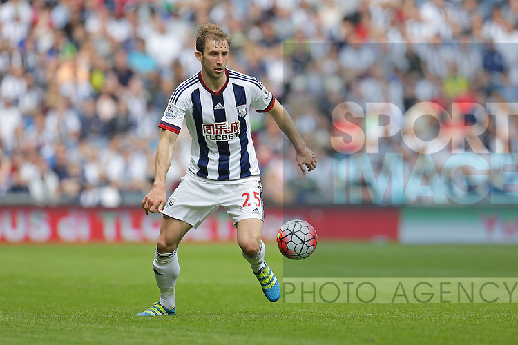 Craig Dawson of West Bromwich Albion in action during the Barclays Premier League match at The Hawthorns.  Photo credit should read: Malcolm Couzens/Sportimage