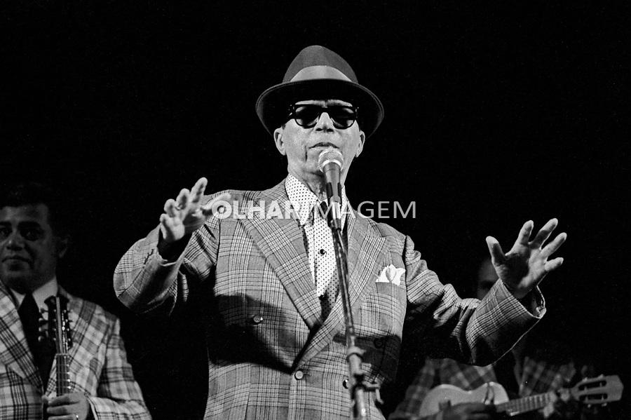 Pessoa. Personalidade. Moreira da Silva, cantor. SP. 1977. Foto de Juca Martins.