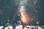 Solna 2015-10-04 Fotboll Allsvenskan AIK - Malm&ouml; FF :  <br /> AIK:s supportrar med en bengal under matchen mellan AIK och Malm&ouml; FF <br /> (Foto: Kenta J&ouml;nsson) Nyckelord:  AIK Gnaget Friends Arena Allsvenskan Malm&ouml; MFF supporter fans publik supporters bengal bengaler bengalisk eld eldar r&ouml;k