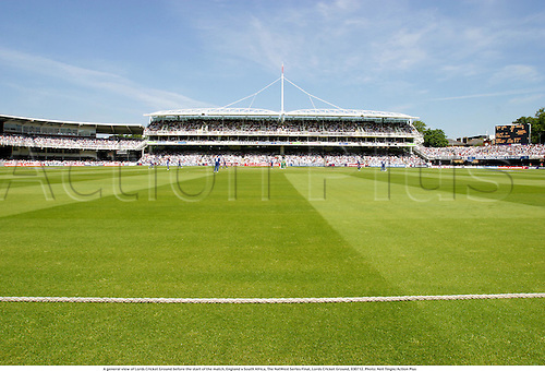 A general view of Lords Cricket Ground before the start of the match, England v South Africa, The NatWest Series Final, Lords Cricket Ground, 030712. Photo: Neil Tingle/Action Plus...2003.grounds venue venues.one day international internationals ODI