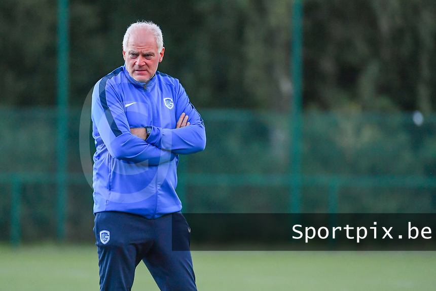 Genk's head coach Guido Brepoels pictured during a female soccer game between KRC Genk Ladies and Sporting Charleroi  on the first matchday of the 2020 - 2021 season of Belgian Women's SuperLeague , friday 28 of August 2020  in Genk , Belgium . PHOTO SPORTPIX.BE | SPP | STIJN AUDOOREN