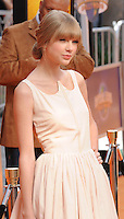 UNIVERSAL CITY, CA - FEBRUARY 19: Taylor Swift arrives at the 'Dr. Suess' The Lorax' Los Angeles premiere at Universal Studios Hollywood on February 19, 2012 in Universal City, California.