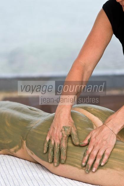 Europe/France/Bretagne/29/Finistère/Roscoff: Enveloppement de crème d'Algues au  Centre de Thalassothérapie de Roscoff
