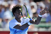 MELBOURNE, 15 JANUARY - Gael Monfils (FRA) hits a forehand in the final of the 2011 AAMI Classic against Lleyton Hewitt (AUS) at Kooyong Tennis Club in Melbourne, Australia. (Photo Sydney Low / syd-low.com)