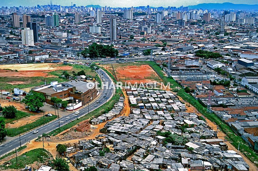 Aérea da favela de Heliópolis. São Paulo. 1994. Foto de Juca Martins.
