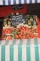 Europe/France/06/Alpes-Maritimes/Nice: Tomates de Provence sur le Marché du Cours Saleya