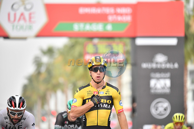 Dylan Groenewegen (NED) Team Jumbo-Visma wins Stage 4 the Emirates NBD Stage of the UAE Tour 2020 running 173km from Dubai Zabeel Park to Dubai City Walk, Dubai. 26th February 2020.<br /> Picture: LaPresse/Massimo Paolone | Cyclefile<br /> <br /> All photos usage must carry mandatory copyright credit (© Cyclefile | LaPresse/Massimo Paolone)
