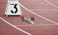 Startblock für Sprinter. Bahn 3. Foto: Jan Kaefer / aif