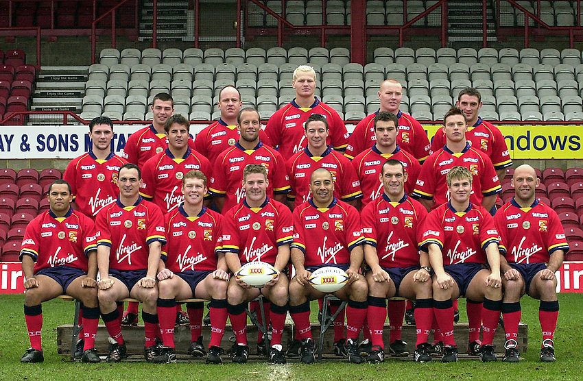 Photo: Greig Cowie.London Broncos Press Day. Griffin Park  12/02/2003..Broncos Team Group 2003.