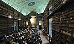 L'Accademia delle Scienze a Torino, la Sala dei Mappamondi. The Academy of Sciences in Torino.