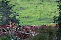 BRUMADINHO, MG, 26.01.2019: BARRAGEM-BRUMADINHO - Buscas por corpos continuam na manhã deste sábado (26) após rompimento da barragem de rejeitos de minério da Vale na cidade de Brumadinho (MG). Cerca de 300 pessoas continuam desaparecidas.  (Foto: Giazi Cavalcante/Codigo19)