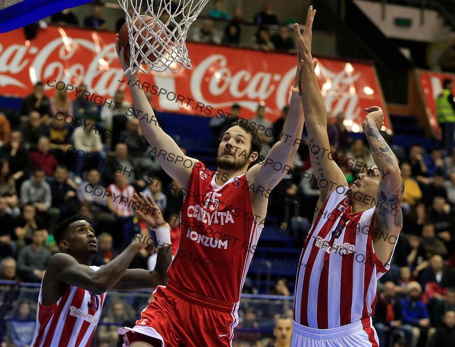 Kosarka ABA League season 2015-2016<br /> Crvena Zvezda v Cedevita<br /> Miro Bilan (C) Maik Zirbes (R)<br /> Beograd, 04.01.2015.<br /> foto: Srdjan Stevanovic/Starsportphoto&copy;