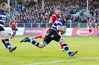 Paul Grant of Bath Rugby runs in the opening try of the match. Aviva Premiership match, between Bath Rugby and Harlequins on November 25, 2017 at the Recreation Ground in Bath, England. Photo by: Patrick Khachfe / Onside Images