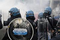- Milano, 24 febbraio 2018, manifestazione antifascista in protesta contro i comizi elettorali di Lega e Casa Pound <br /> <br /> -  Milan, 24 February 2018, anti-fascist demonstration in protest against Lega  and Casa Pound electoral meetings