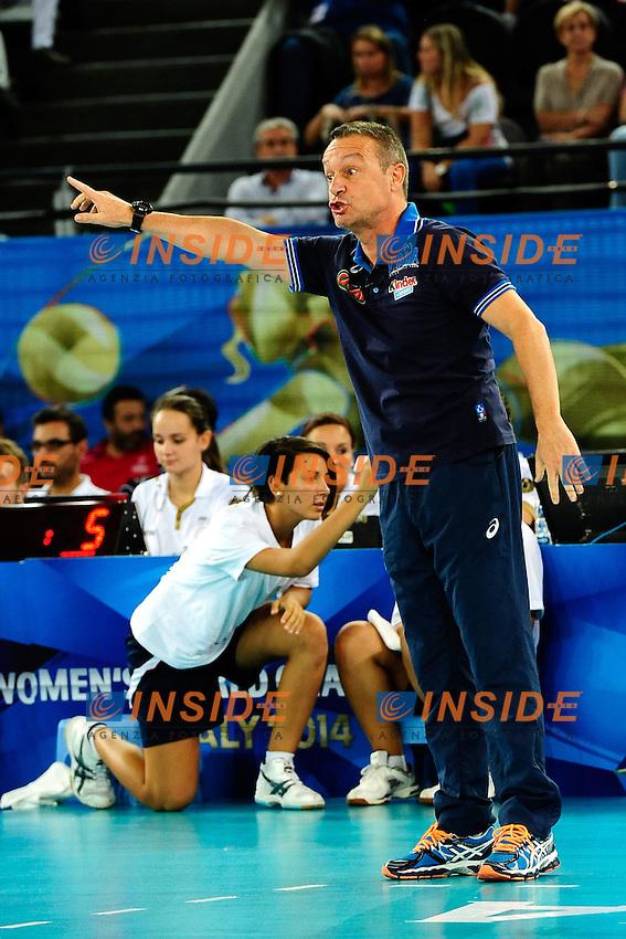 Italia vs Rep. Dominicana<br /> Marco Bonitta Coach ITA<br /> FIVB Volleyball Women's World Championship Italy 2014 <br /> Rome 25-09-2014 Palaeur Foto F.Pasquali/Insidefoto