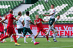 Sebastiaan Bornauw (FC Koeln #33), Marco Friedl (Werder Bremen #32), Milos Veljkovic (Werder Bremen #13)<br /> <br /> <br /> Sport: nphgm001: Fussball: 1. Bundesliga: Saison 19/20: 34. Spieltag: SV Werder Bremen vs 1.FC Koeln  27.06.2020<br /> <br /> Foto: gumzmedia/nordphoto/POOL <br /> <br /> DFL regulations prohibit any use of photographs as image sequences and/or quasi-video.<br /> EDITORIAL USE ONLY<br /> National and international News-Agencies OUT.