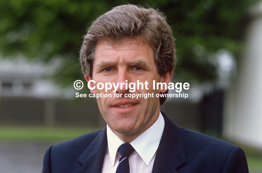 Bill Yarr, chief executive, Royal Ulster Agricultural Society, N Ireland, 19840058BY..Copyright Image from Victor Patterson, 54 Dorchester Park, Belfast, UK, BT9 6RJ..Tel: +44 28 9066 1296.Mob: +44 7802 353836.Voicemail +44 20 8816 7153.Skype: victorpattersonbelfast.Email: victorpatterson@me.com.Email: victorpatterson@ireland.com (back-up)..IMPORTANT: If you wish to use this image or any other of my images please go to www.victorpatterson.com and click on the Terms & Conditions. Then contact me by email or phone with the reference number(s) of the image(s) concerned.
