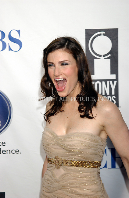 WWW.ACEPIXS.COM . . . . . ....NEW YORK, NEW YORK, JUNE 5TH 2005....Idina Menzel at The 59th Annual Tony Awards held at Radio City Music Hall.....Please byline: KRISTIN CALLAHAN - ACE PICTURES.. . . . . . ..Ace Pictures, Inc:  ..Craig Ashby (212) 243-8787..e-mail: picturedesk@acepixs.com..web: http://www.acepixs.com