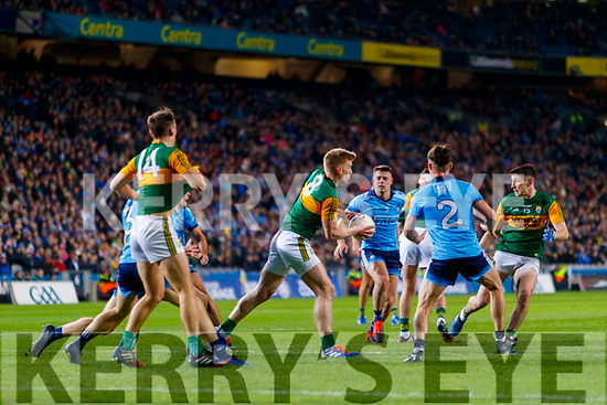 Tommy Walsh, Kerry in action against Eric Lowndes, Dublin during the Allianz Football League Division 1 Round 1 match between Dublin and Kerry at Croke Park on Saturday.