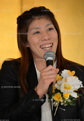 "October 23, 2012, Tokyo, Japan - Saori Yoshida, Japan's three-time Olympic wrestling champion, beams a broad smile as she answers questions during a news conference in Tokyo on Tuesday, October 23, 2012, after Japanese government decided to bestow the People's Honor Award on her for ""bringing hope and courage to society."" Yoshida,30, won a total of 13 Olympic and world titles in women's wrestling.  (Photo by Natsuki Sakai/AFLO) AYF -mis-"