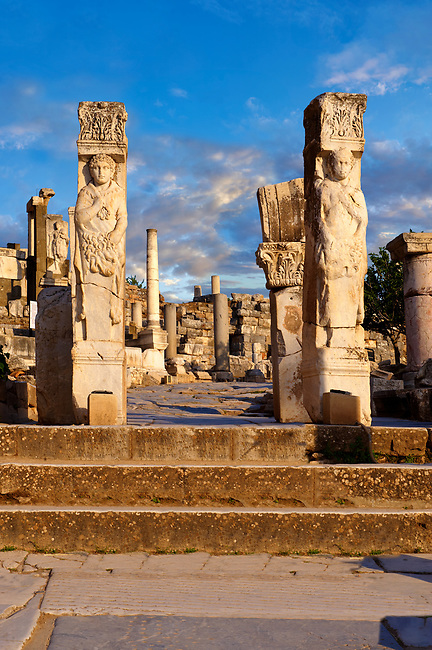 The Heracles Gate at the begining of Curetes Street , showing Heracles wrapped in a Nemea Lion skin. Probably made in the 2nc century A.D. and moved to Ephesus in the 5th century A.D. Ephesus Archaeological Site, Anatolia, Turkey.