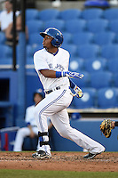 Dunedin Blue Jays shortstop Dawel Lugo (31) at bat during a game against the Bradenton Marauders on April 14, 2015 at Florida Auto Exchange Stadium in Dunedin, Florida.  Bradenton defeated Dunedin 7-1.  (Mike Janes/Four Seam Images)