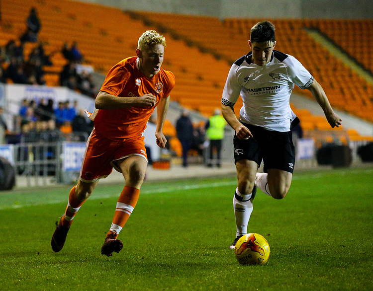 Blackpool's Owen Watkinson takes on Derby County's Eiran Cashin<br /> <br /> Photographer Alex Dodd/CameraSport<br /> <br /> The FA Youth Cup Third Round - Blackpool U18 v Derby County U18 - Tuesday 4th December 2018 - Bloomfield Road - Blackpool<br />  <br /> World Copyright &copy; 2018 CameraSport. All rights reserved. 43 Linden Ave. Countesthorpe. Leicester. England. LE8 5PG - Tel: +44 (0) 116 277 4147 - admin@camerasport.com - www.camerasport.com
