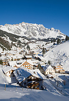 Oesterreich, Salzburger Land, Dienten: Wintersportregion vorm Hochkoenig | Austria, Salzburger Land, Dienten: wintersport resort, Hochkoenig mountains