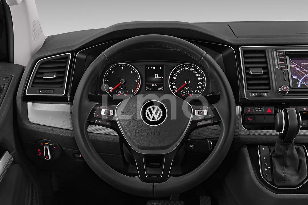 Car pictures of steering wheel view of a 2019 Volkswagen Caravelle Highline 4 Door Passenger Van