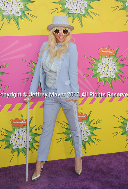 LOS ANGELES, CA - MARCH 23: Ke$ha  arrives at Nickelodeon's 26th Annual Kids' Choice Awards at USC Galen Center on March 23, 2013 in Los Angeles, California.