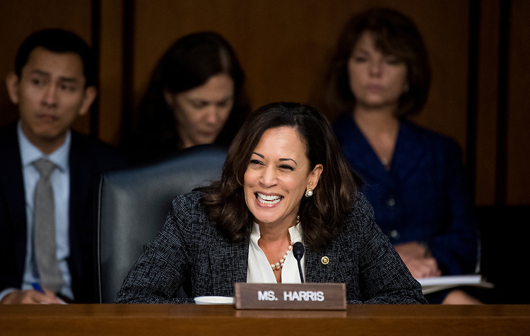 "UNITED STATES - JUNE 8: Sen. Kamala Harris, D-Calif., questions former FBI Director James Comey during the Senate Select Intelligence Committee hearing on ""Russian Federation Efforts to Interfere in the 2016 U.S. Elections"" on Thursday, June 8, 2017. (Photo By Bill Clark/CQ Roll Call)"