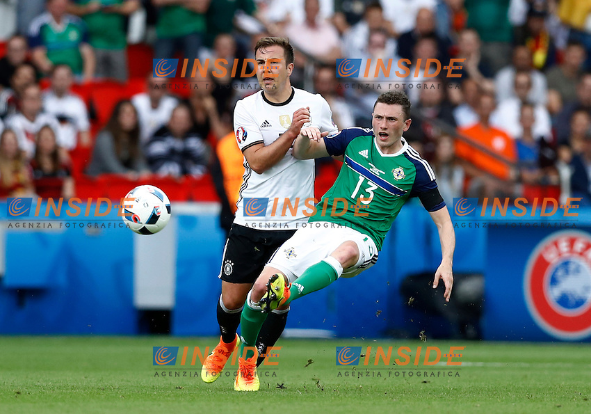 Mario Gotze Germany and Corry Evans Northern Ireland<br /> Paris 21-06-2016 Parc des Princes Footballl Euro2016 Northern Ireland - Germany  / Irlanda del Nord - Germania Group Stage Group C. Foto Matteo Ciambelli / Insidefoto