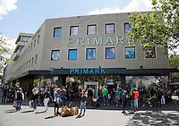 Drukte bij de Primark in Eindhoven