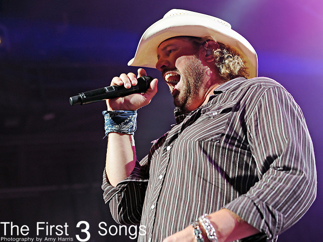 Toby Keith performs live at Riverbend Music Center in Cincinnati, Ohio on August 27, 2010.
